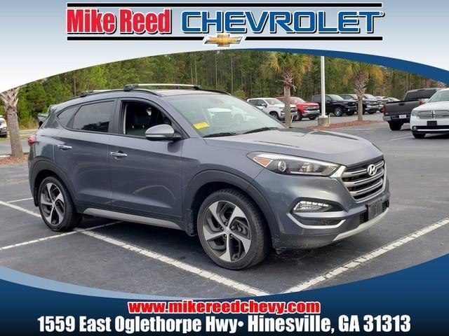 2017 Hyundai Tucson LIMITED SUV Slide 0