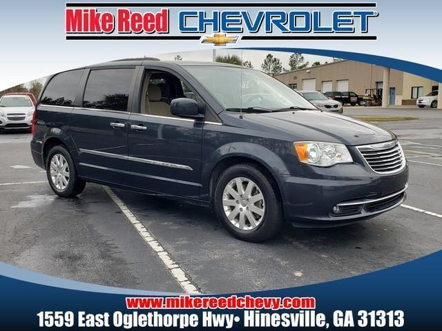 2014 Chrysler Town & Country TOURING Minivan Slide 0