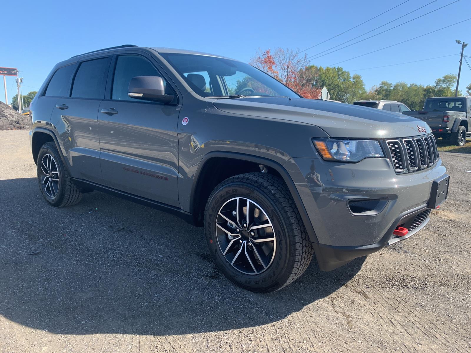 new 2021 jeep grand cherokee trailhawk four wheel drive