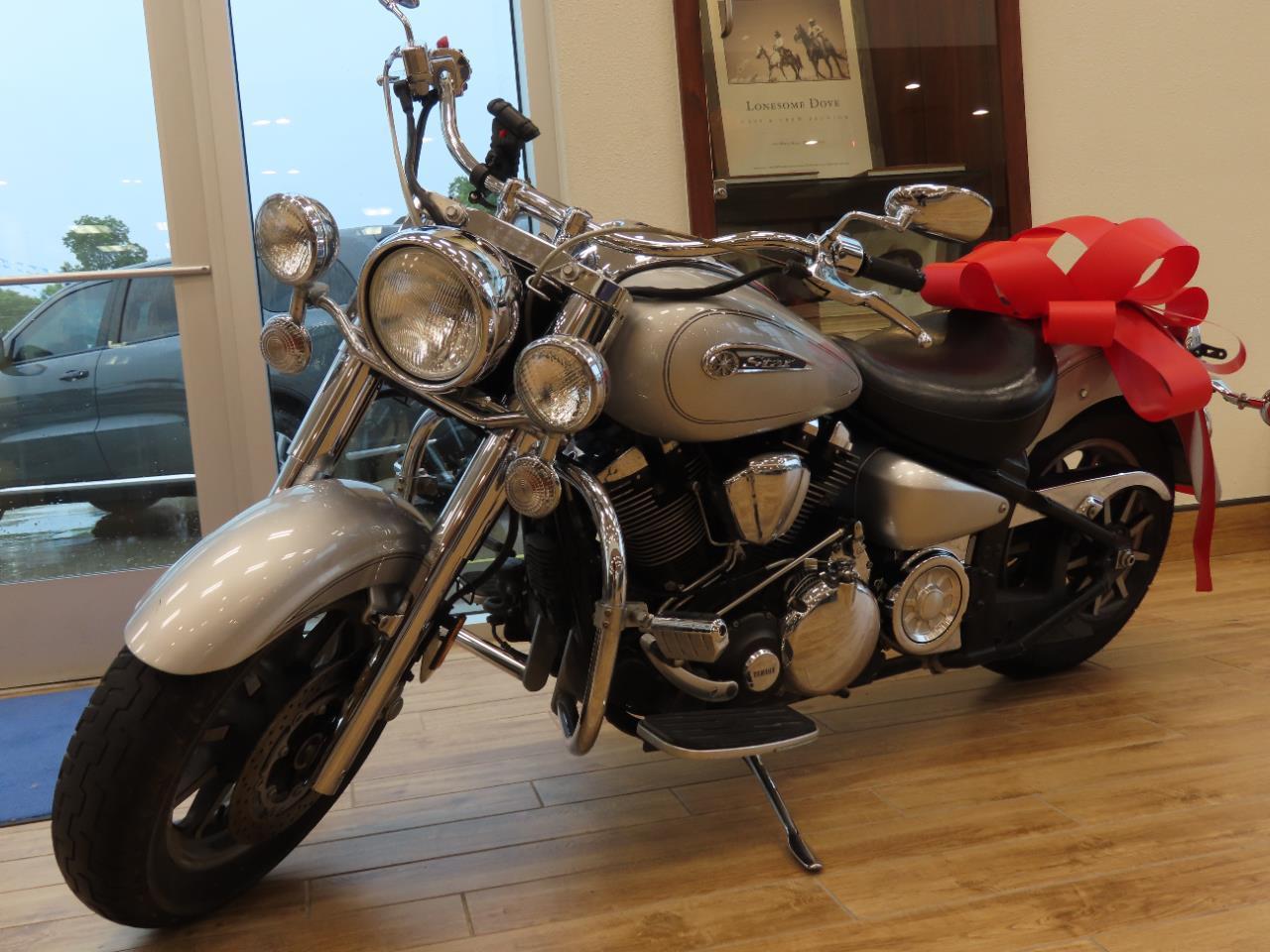 2009 Yamaha MOTORCYCLE